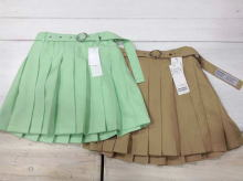 Pleated skirt (with Belt and Inner pants)